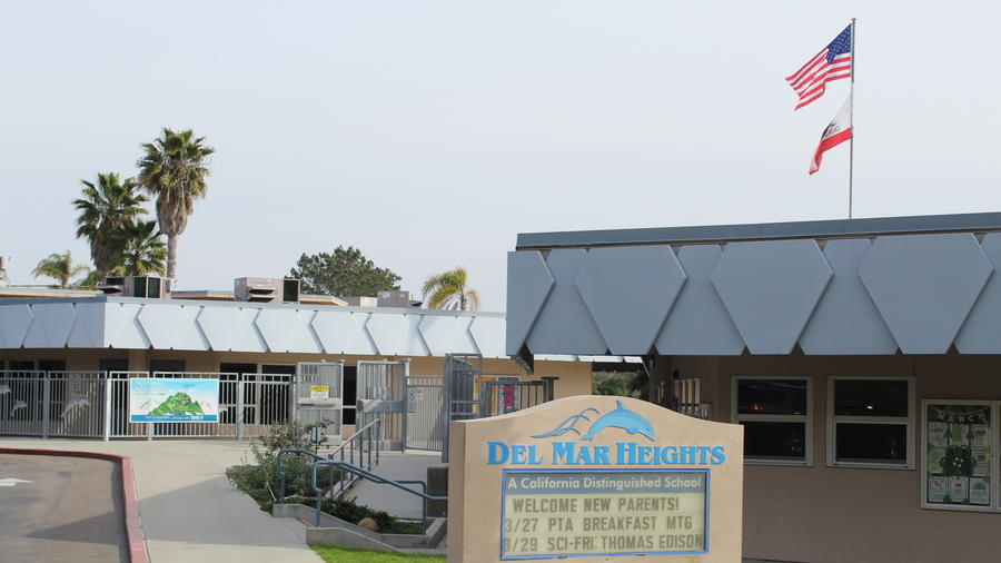 Del Mar Heights School will be completely reconstructed. (Karen Billing)